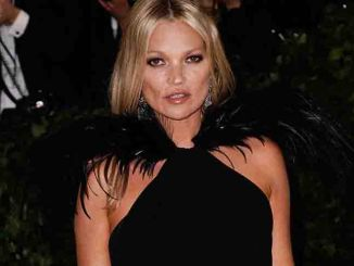 "Kate Moss - ""Heavenly Bodies: Fashion & The Catholic Imagination"" Costume Institute Gala"