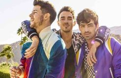 """Jonas Brothers"": Joe und ""The Return of the Jonai"""