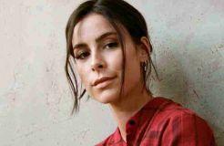 Lena Meyer-Landrut überrascht mit Elfen-Look