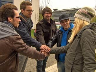 """""""biete Rostlaube, suche Traumauto"""": Panagiota Petridou will """"Kuya Lu"""" helfen - TV News"""