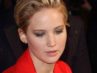 """Jennifer Lawrence - """"The Hunger Games: Catching Fire"""" World Premiere"""