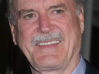 John Cleese: Studium im Scheidungsrecht wäre gut gewsen - Promi Klatsch und Tratsch