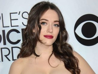 Kat Dennings - 40th Annual People's Choice Awards - Arrivals