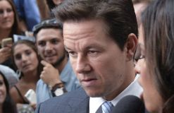 "Mark Wahlberg will ""Boston""-Attentat verfilmen?!"