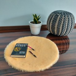 Shaggy Carpet –  Premium  Fur – 60 cm Round – Avioni Carpets- Peach Colour