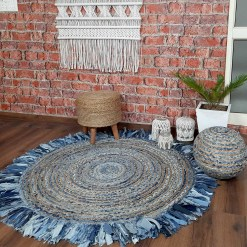 Jute Carpet – Braided Area Rugs – Circular Rug with Contemporary Colored Pattern over Natural Handmade unbleached Centre – 152 cm Diameter (5 Feet) –  Avioni