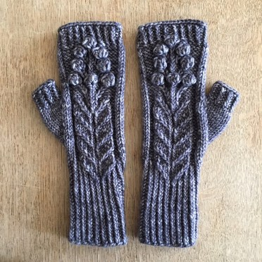 Spring Bloom Mitts