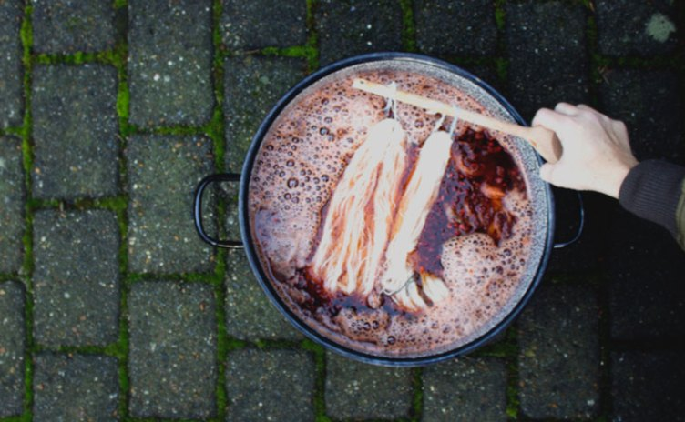 A pot of natural plant dyeing with Mette Mehlsen for Loop London