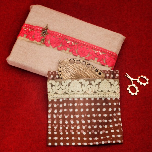 Parcel Pockets with Embroidered Ribbons