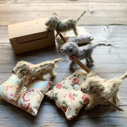 Christmas gifts for darning and haberdashery lovers at Loop London