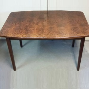 Dining table in palissander en teak