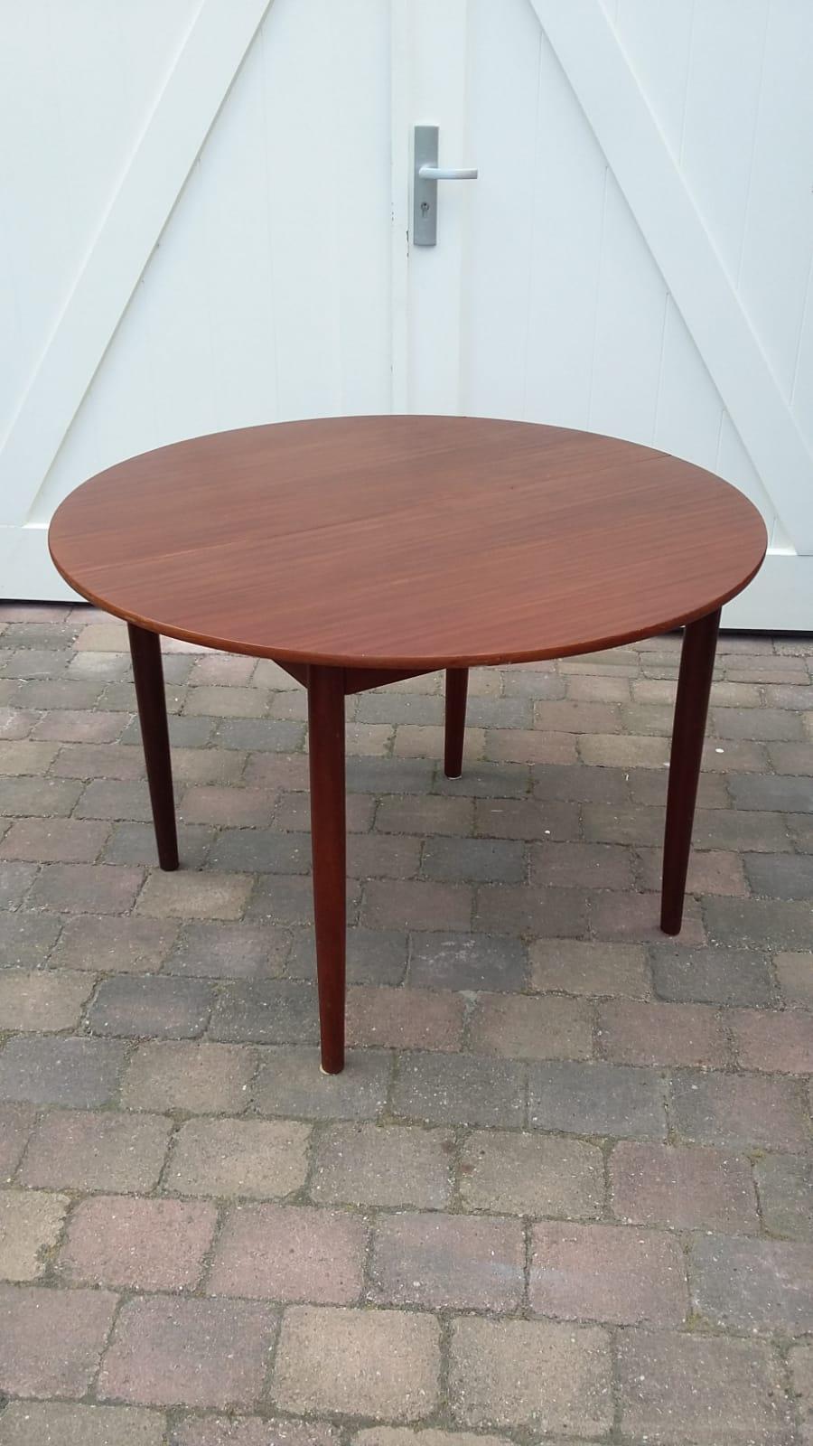 Ronde Teak Tafel Uitschuifbaar.Verkocht Ronde Uitschuifbare Tafel Teak Loos Vintage Furniture