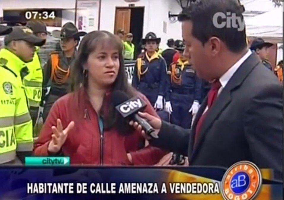 Mujer que fue rehén de un indigente en Bogotá. Foto de CityTv