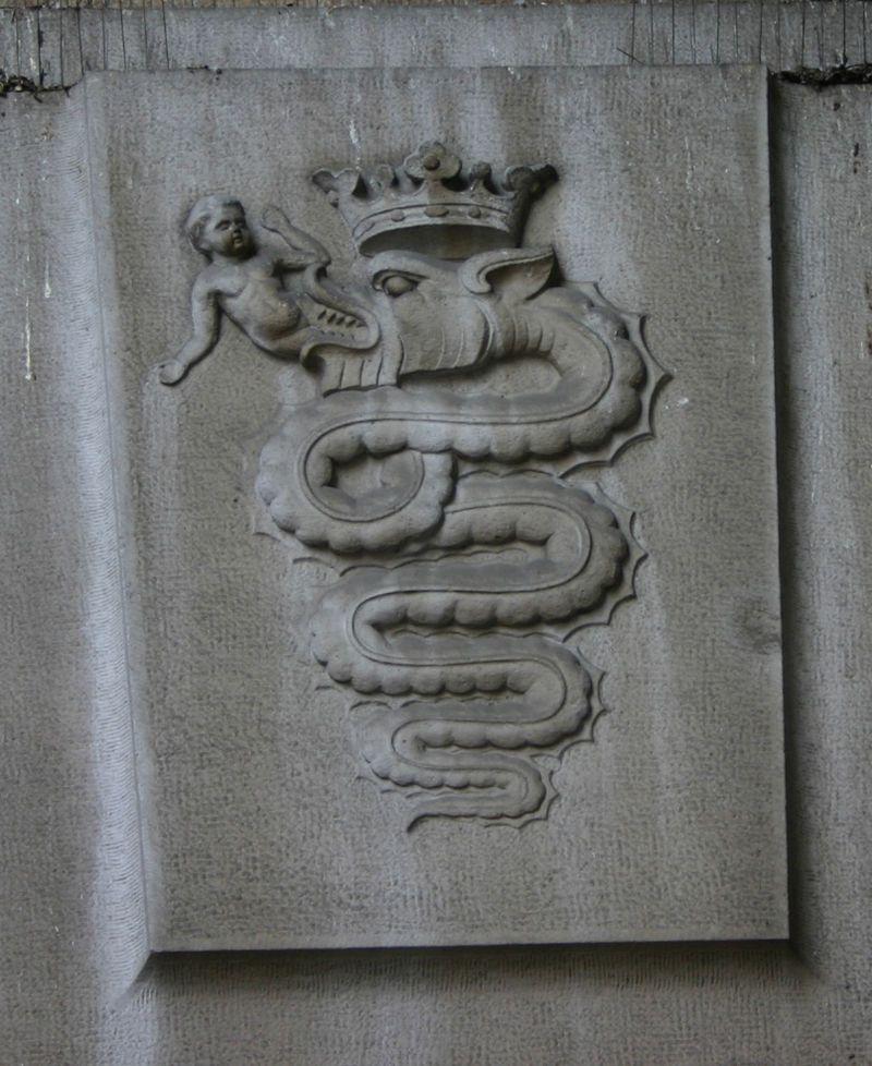 El Biscione, serpiente que aparecía en el escudo de Milán. Foto de Wikipedia