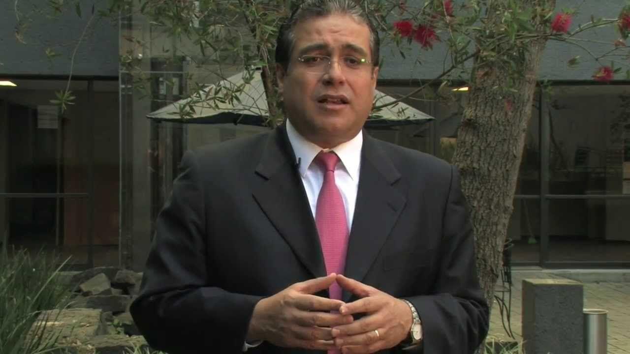 El visitador de la CNDH habló sobre la muerte de Rubén Espinosa. Foto de YouTube.