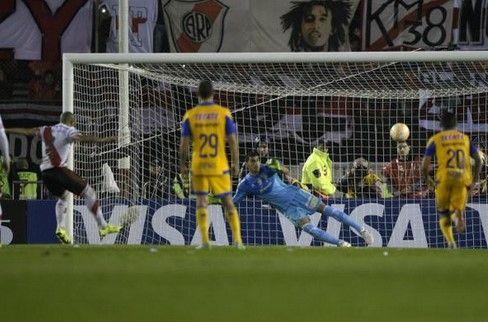 River Plate acabó con los Tigres.