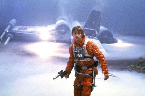 """Mark Hamill resbaló durante el rodaje de la cinta """"Star Wars: La fuerza despierta"""". Foto de The Sunday Times"""