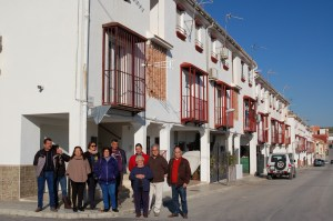 Los vecinos de las 50 viviendas demandan al Ayuntamiento de Pozo Alcón