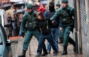 Beatriz Etxebarria: «Tiran una manta al suelo. 'El Comisario' grita y me dice que me va a violar otra vez» Imagen de ARGAZKI PRESS