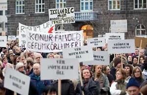 Islandia-naufragio-bancario-loquesomos