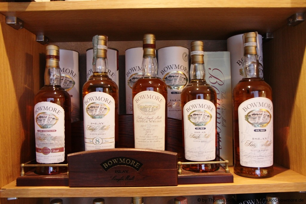German Bowmore Collector  Thomas Schmeckebier   Bilder meines Whiskyraumes