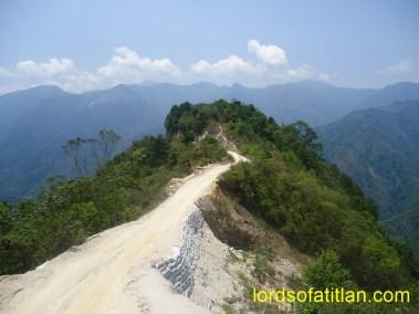 The Road to Guineales (Pasagul, land of bananas and plantains), Santa Catarina Ixtahuacán
