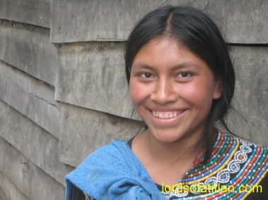 Mostly Luqueños worked on the finca Pampojilá. However, this woman from Joyabaj, El Quiché  (called a Xoya)  was the exception.