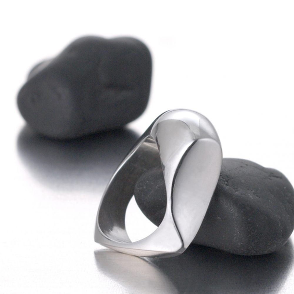 Henry Pebble Ring