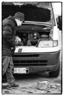 Piazza Santo Spirito, furgone da riparare 2
