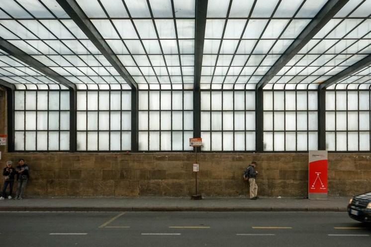 lato-partenze-cascata-di-luce-alla-stazione-di-firenze