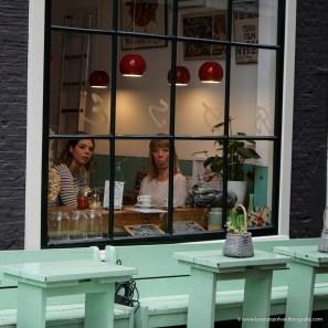 Attraverso le vetrine di Amsterdam
