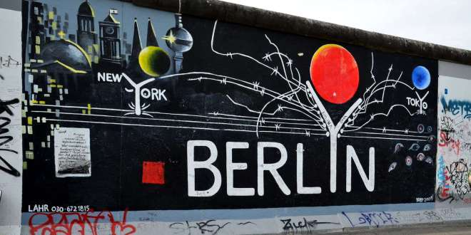 Le mur de Berlin by all free photos.com