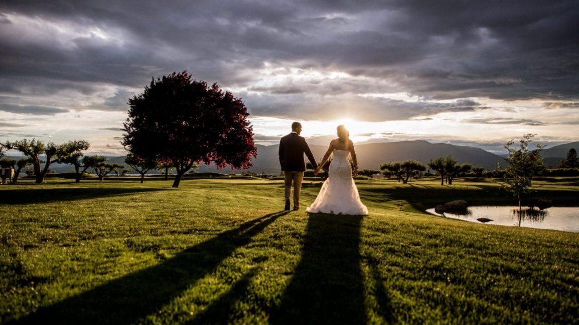 Brittany Sam harvest golf club wedding | Lori Brown Photography Kelowna