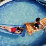kelowna family photographer | Family pool home photo