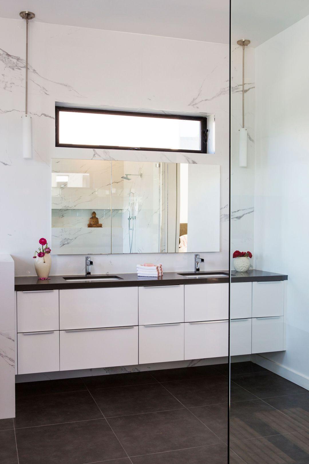 eco friendly bath products fill this modern bathroom in Venice Beach