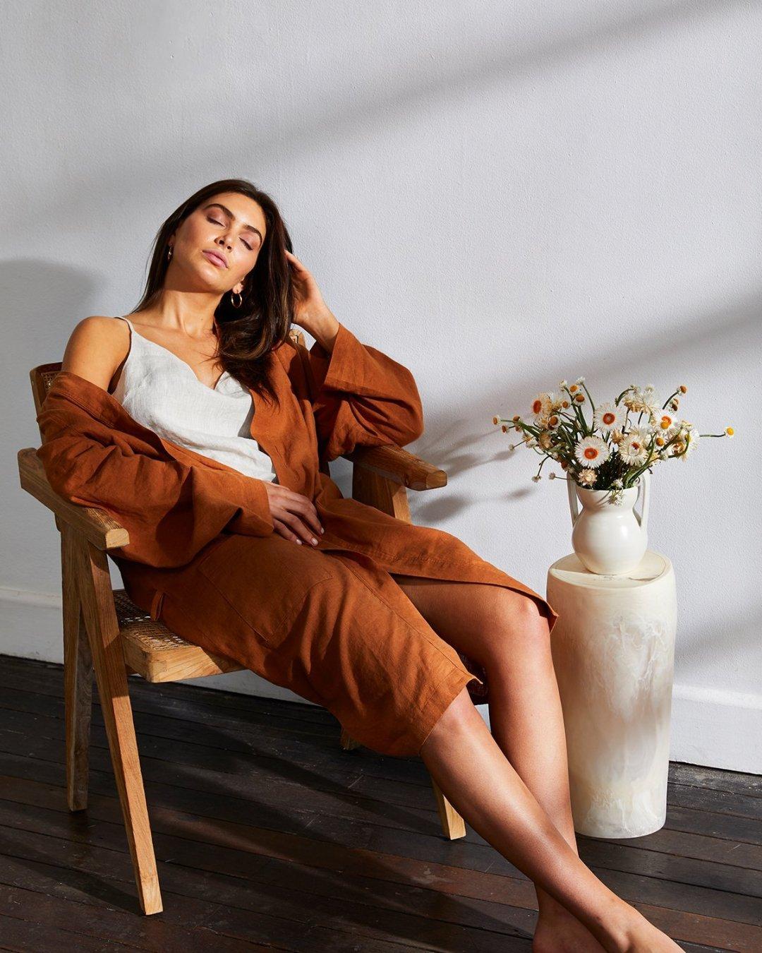 5 Cozy Fall Home Essentials  Linen Robe