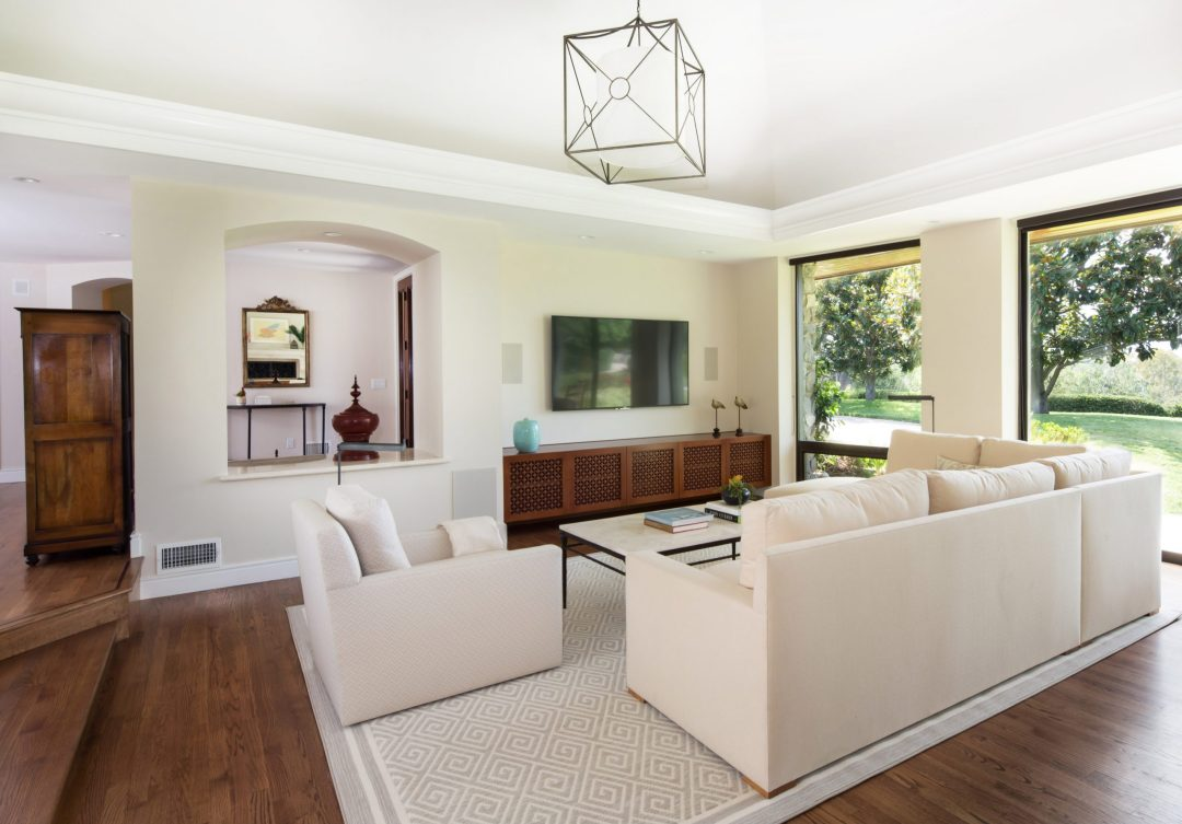 Living Room Furniture Picture