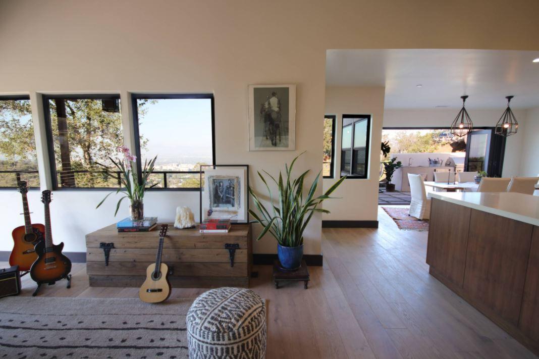 Light Wood Flooring Trend