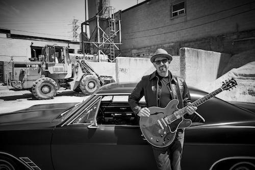 Blues musician Steve Strongman