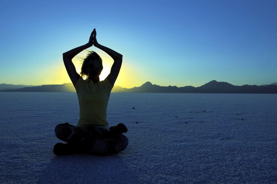 Las 5 posturas de yoga más fáciles