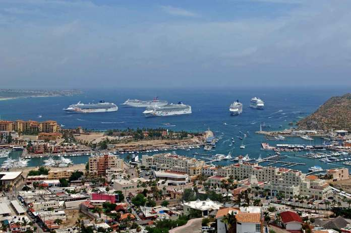 Five Cruise Ships in Cabo 2009 - Los Cabos Guide