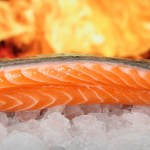 Il salmone, le proprietà e le controindicazioni