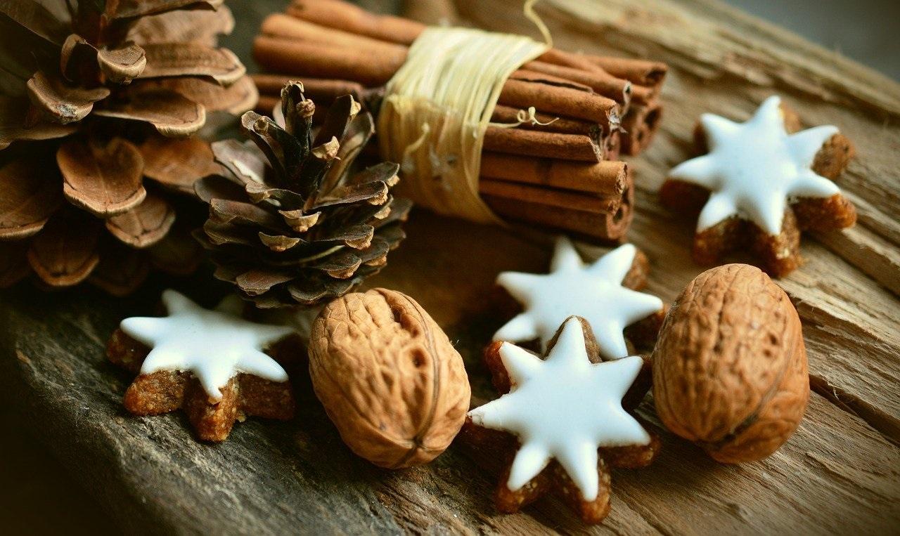 """Idee per decorazioni di Natale """"eco"""" e a basso costo"""