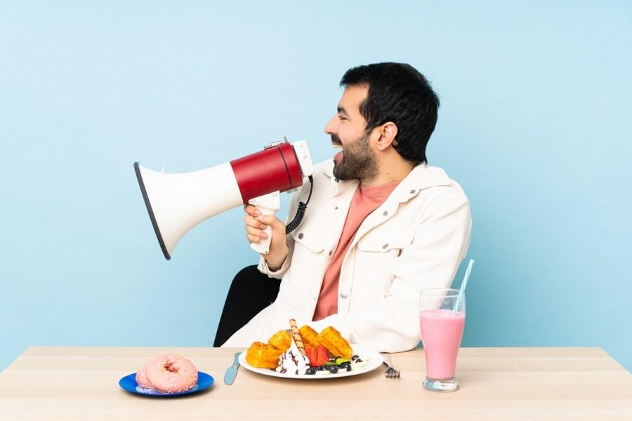 Gustare, odorare, tastare senza mangiare. Ecco cos'è la comunicazione food