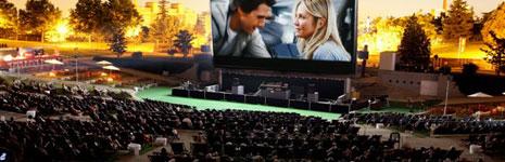 'Noche y día' inaugura un cine de verano gigante en Madrid