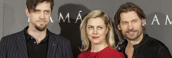 Andy y Bárbara Muschietti, y Nikolaj Coster-Waldau