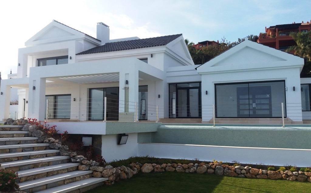 Luxury villa in los Flamingos for sale