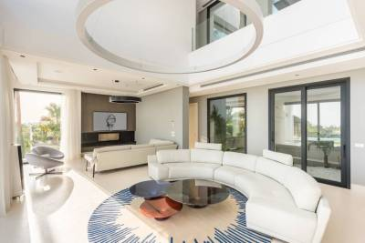 new modern villa for sale010