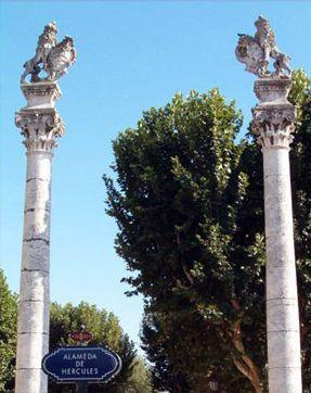 Alameda de hercules (columnas réplica)