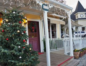 Los Olivos Olde Fashioned Christmas